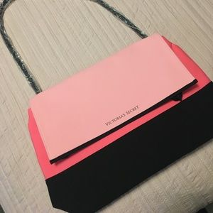 VS LARGE PINK & BLACK INSULATED COOLER BAG